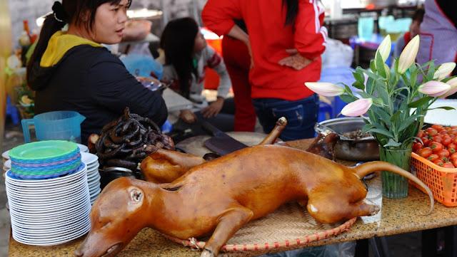 vietnam_dog_meat_flowers