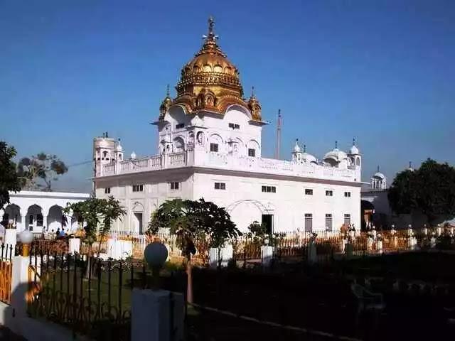 डेरा बाबा नानक कहा स्थित है - Dera Baba Nanak in Hindi
