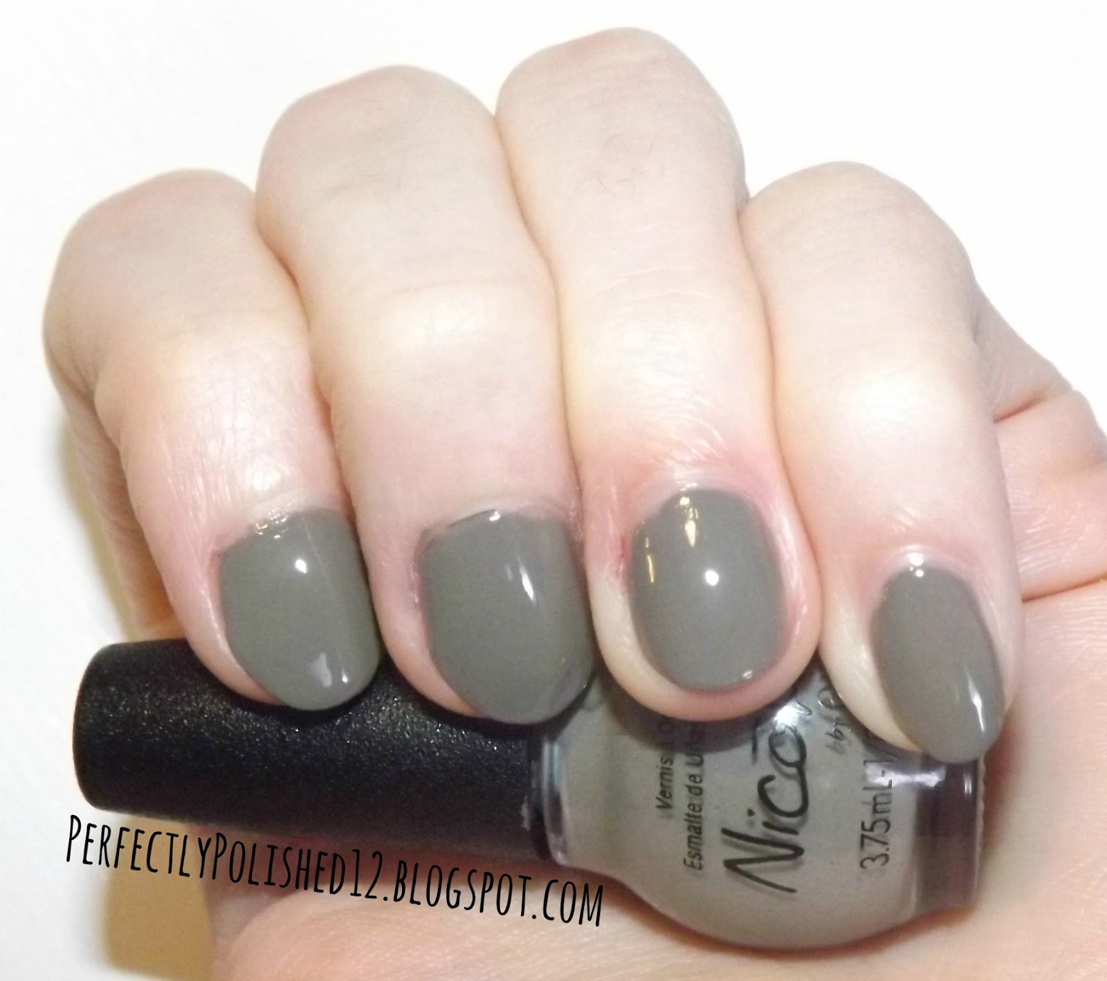 Perfectly Polished 12: Nicole by OPI \