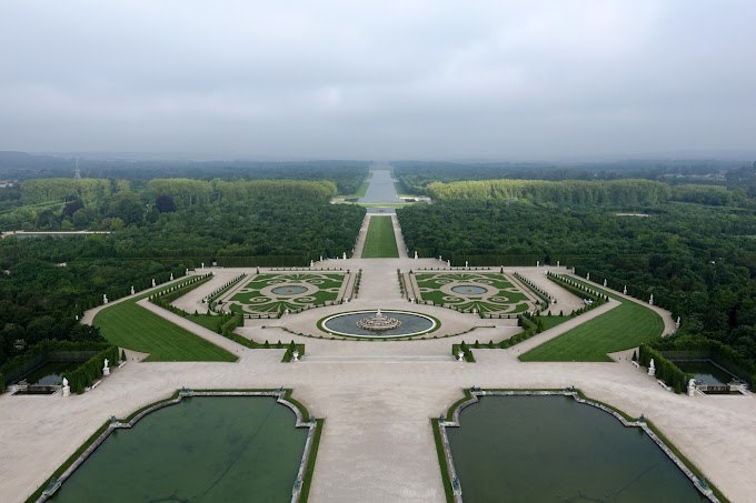 Tour of Versailles Sun King Garden