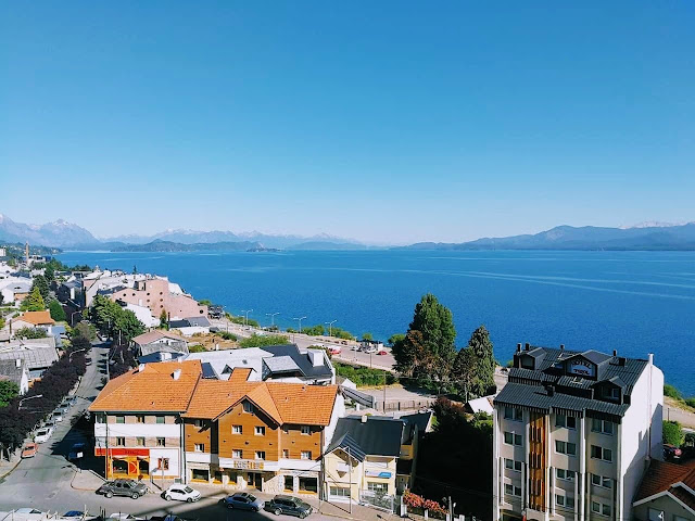 Vistas de Bariloche con el lago