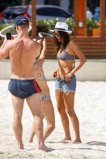 Nina-Dobrev-in-Bikini-1+sexycelebs.in.jpg