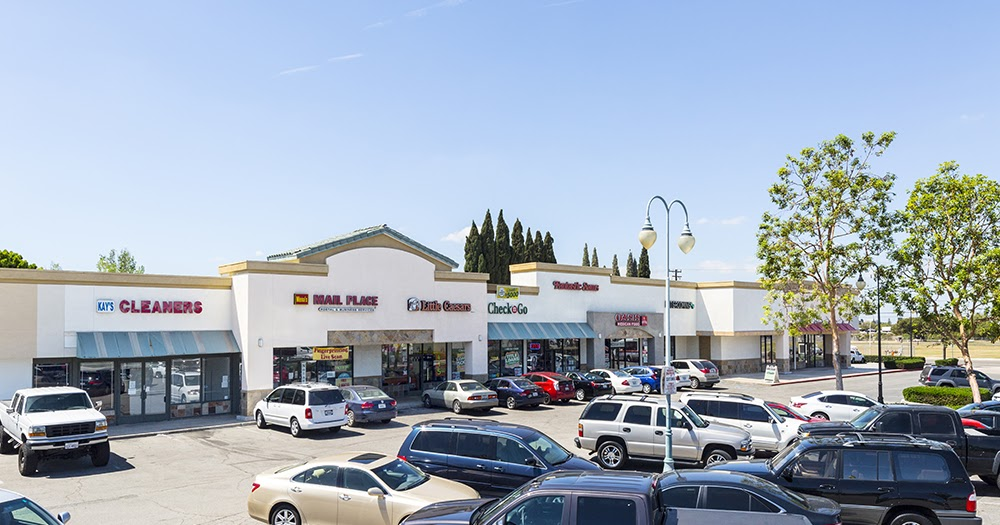 015b77eb6 Done Deals  HFF closes sale of value-add neighborhood shopping center in  Orange