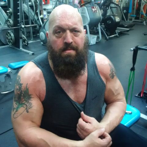 Big Show Workout in Gym