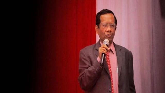 Mahfud Asyik Nonton Sinetron Saat Pandemi, Satyo Purwanto Teringat Kabar Menteri Yang Berkhianat