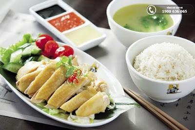 Cơm gà Hải Nam - món ăn hấp dẫn tại Sinagpore