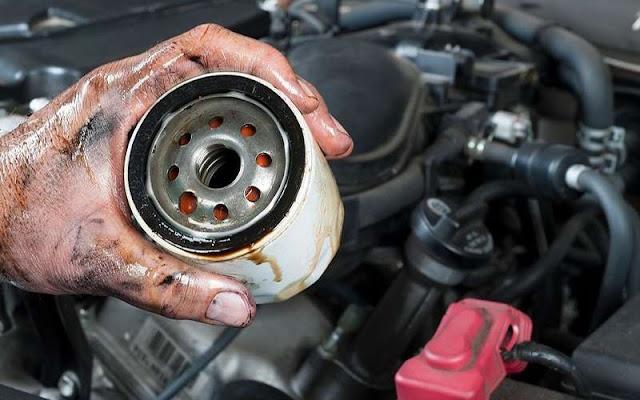 Kiểm tra và thay lọc nhớt cho Range Rover khi xe đạt tới 50.000km