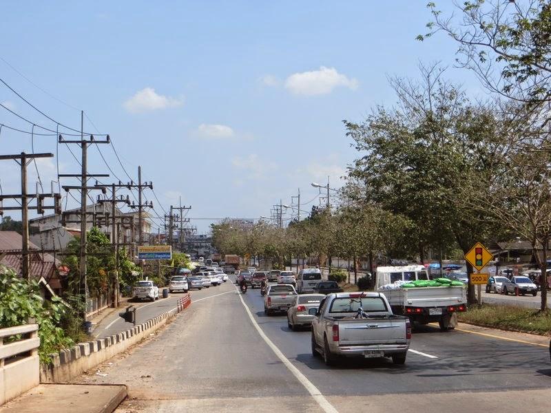 машины пикапы Таиланд