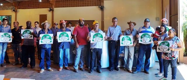Nova Cantu: Prefeitura entrega 36 resfriadores para produtores de leite