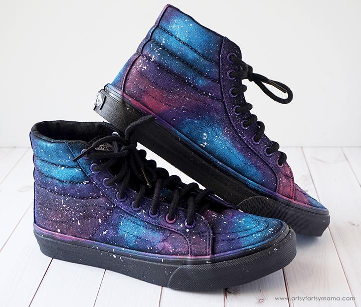 a930cdd950ca DIY Galaxy Shoes