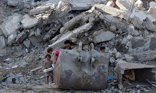 30 rumah hancur