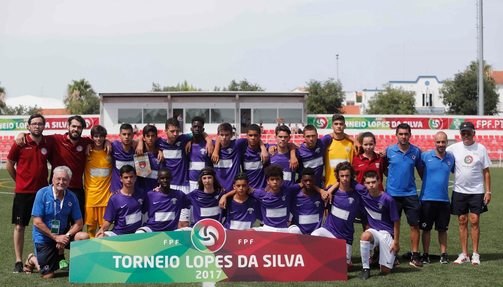 A seleção da Associação de Futebol de Setúbal.Foto  Diogo Pinto FPF 7e3d15545c722