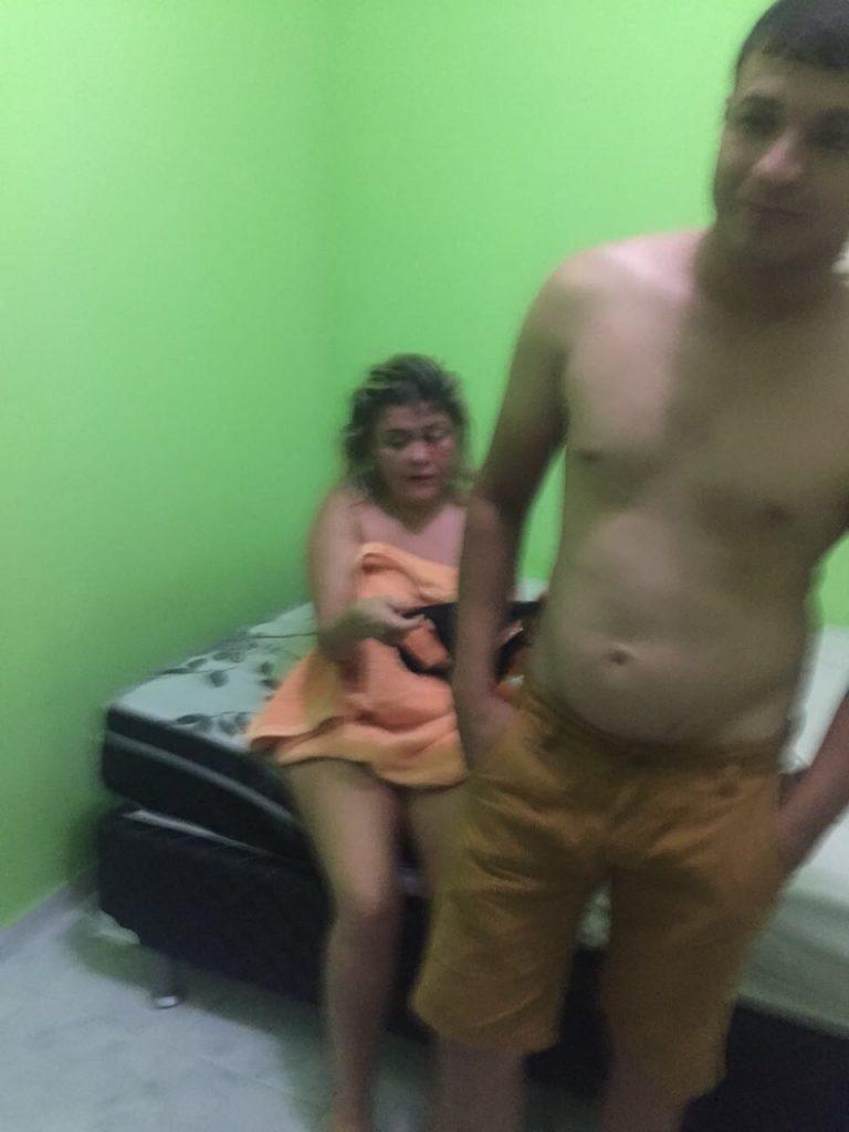 VÍDEO  Vereadora de Ipueiras é pega no flagra com marido de amiga na ... c9ec4357c81