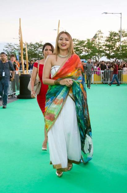Sonakshi sinha latest iiffa award 2017