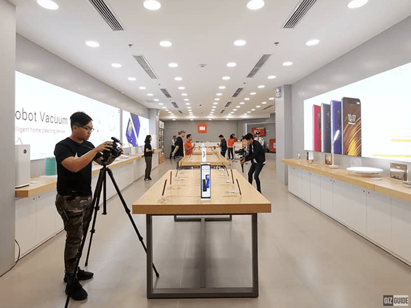 Xiaomi opens 7th Mi Authorized Store in Market! Market! with new cool products!