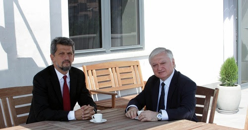 Nalbandyan recibe a Garo Paylan