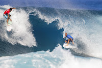 58 Gabriel Medina and Kelly Slater Billabong Pipe Masters foto WSL Tony Heff