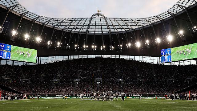Amazon dan Nike Bersaing Beli Hak Nama Stadion
