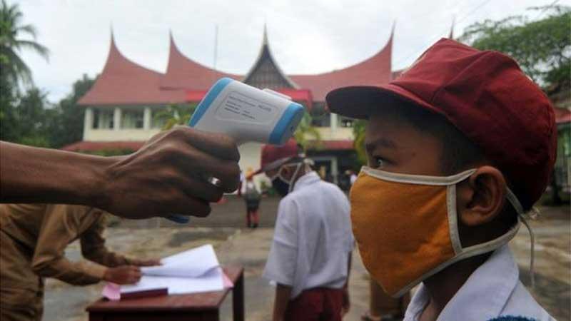 Pemda Harus Memikirkan dengan Matang Pembukaan Belajar Tatap Muka di Awal Januari 2021