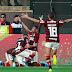 Com dois de Gabigol, Flamengo vira e é campeão da Libertadores