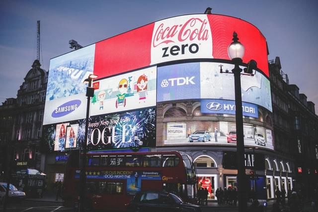 विज्ञापन क्या है और इसका महत्व क्या है advertisement meaning in Hindi