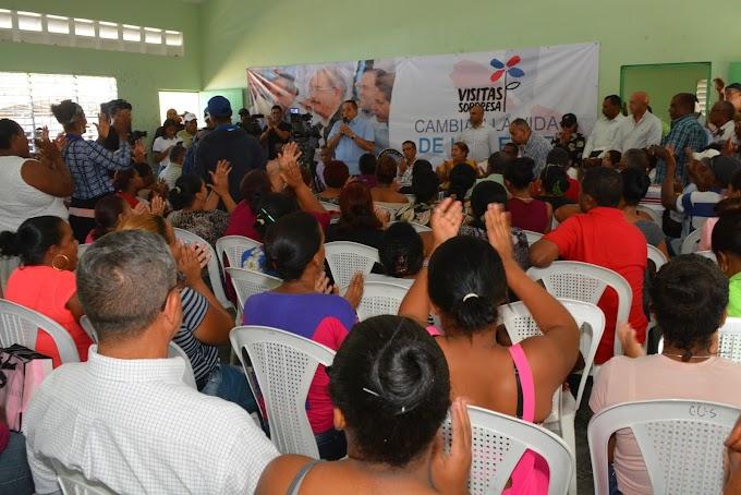 Comisión presidencial se reúne con comunitarios y productores de Saladillo y Angostura  Anuncia aprobación, compra e instalación de electrobombas y reactivación producción agrícola