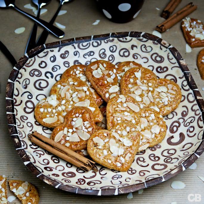 Recept Geurige Valentijnskoekjes met kaneel, amandel en greinsuiker