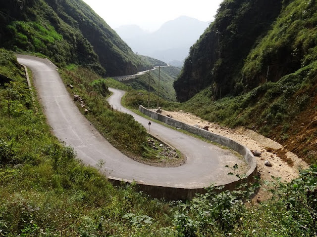 Ha Giang's wild beauty touches the hearts of visitors 8