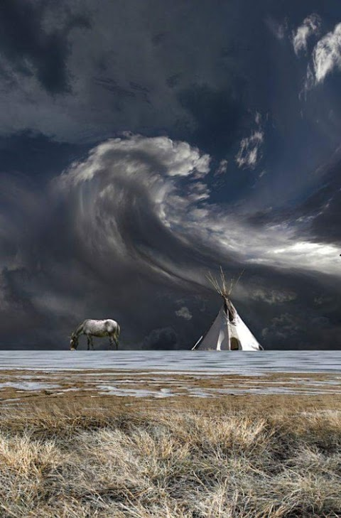 Cloud Wave Round in the Sky