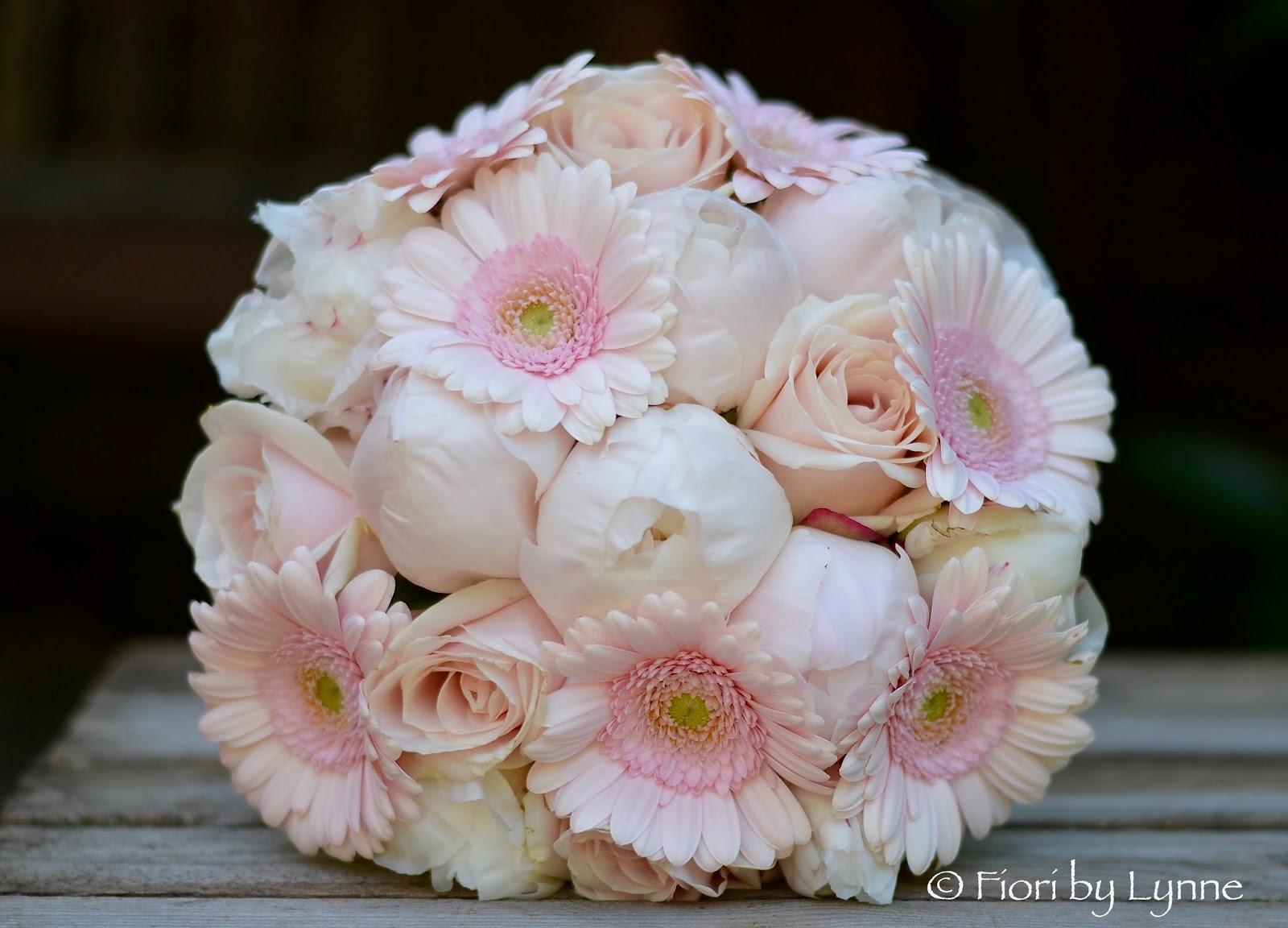 Wedding Flowers Blog Emmas Summery Wedding Flowers With Pink