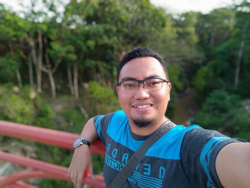 Hasil Foto Kamera Depan Xiaomi Mi A3