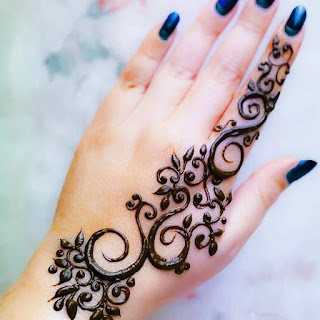Pakistani mehndi designs pictures and photos