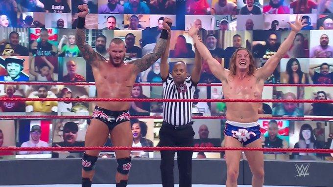 Team RK'Bro estreia com vitória no WWE RAW
