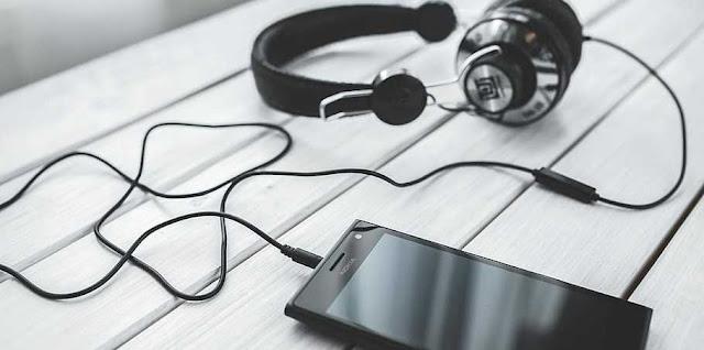 Best Headphones Under 1000 Rs in India