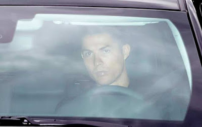 Ronaldo trở lại tập luyện cùng Juventus, đồng đội kể bí mật ở chung nhà