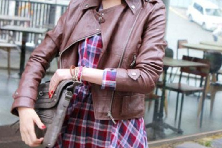 4 suggestions for mixing beautiful clothes for girls who love leather jackets