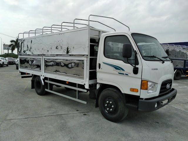 Xe tải Hyundai 110SQ thùng bạt