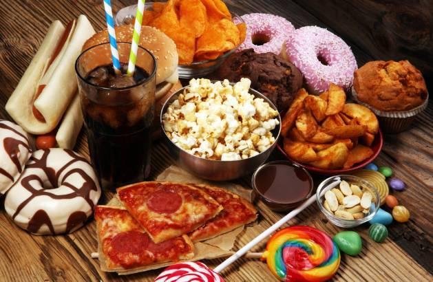 Jauhi 10 Makanan Penyebab Kanker Payudara Pada Wanita