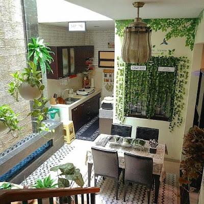 Furniture dapur dengan cat warna hijau