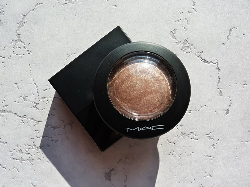 M.A.C. Mineralize Skinfinish Puder wypiekany w odcieniu Soft & Gentle