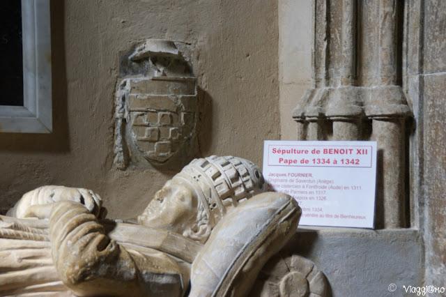 Sepoltura di Benedetto XII nella Cattedrale di Avignone