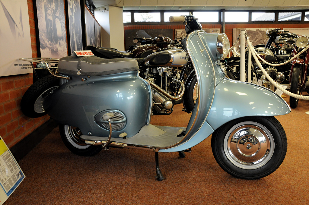 let's get to know 2 rare scooters of the 1950s