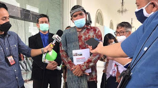 Togu Simorangkir Akhirnya Bertemu Presiden, Jokowi Sebut Akan Segera Membereskan Persoalan Lahan Masyarakat Adat di Kawasan Danau Toba