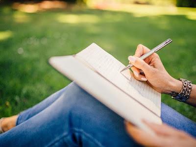 Ikuti Lomba Cipta Puisi Berhadiah Uang Tunai