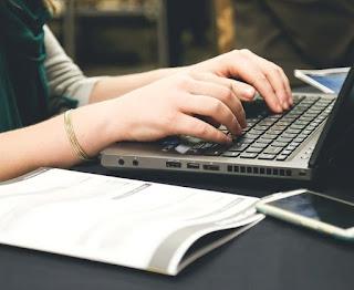 Apa HRD Bisa Membaca Karakter Kita Lewat Tulisan Surat Lamaran Kerja ?