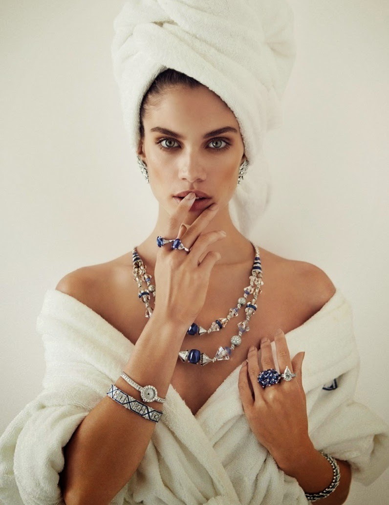 Sara-Sampaio-By-Alvaro-Beamud-Cortes-For-Vogue-Spain-03