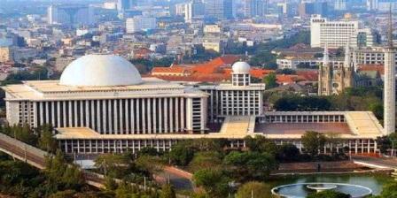 masjid al - istiqlal jakarta indonesia masjid agung istiqlal bandar jaya masjid istiqlal tampak atas masjid istiqlal