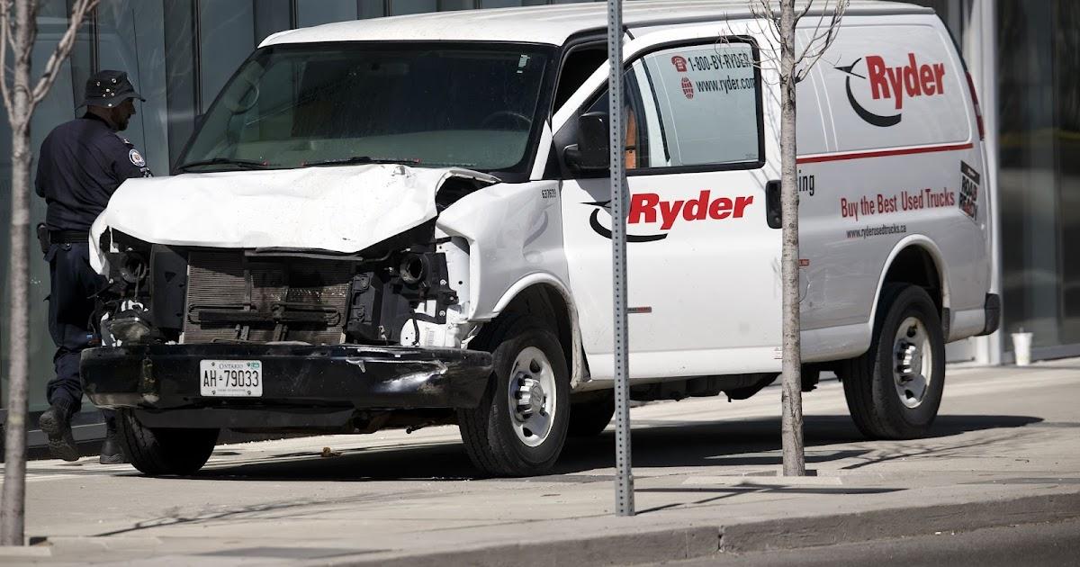 10 dead, 15 harmed when van hammers into walkers in Toronto
