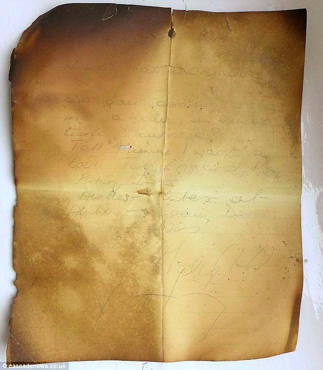 9145fc8b8 chimeneas de la escuela cuando en un viejo nido encontró el papel y decidió  no tirarlo, ya que aún se podían leer algunas palabras, en concreto, ...