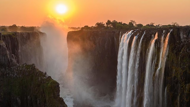 Victoria Falls steps up vaccination for its residents to help tourism
